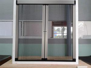 Công ty TNHH Trang trí Nội thất Hòa Phát chuyên cung cấp và lắp đặt các sản phẩm Cửa lưới chống muỗi dạng lùa.Cam kết nhập khẩu 100% sản phẩm chính hãng. Cửa lưới chống muỗi dạng lùabảo hành chính hãng dài hạn.  Hotline: 0933 692 569