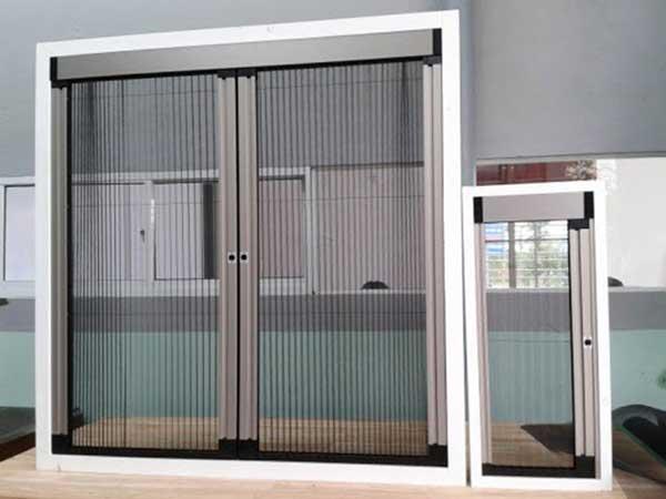 Các loại cửa chống muỗi dạng lùa được sử dụng phổ biến