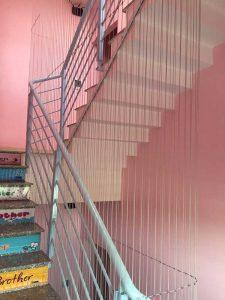 Lưới cầu thang trường mầm non an toàn cho bé yêu
