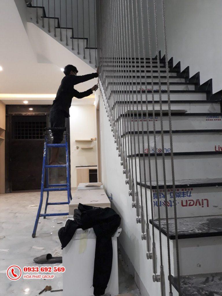 cắp tăng đơ cầu thang
