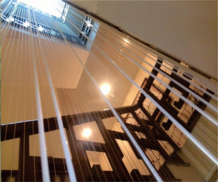 Tiêu chí chọn lưới cầu thang cho bé chất lượng