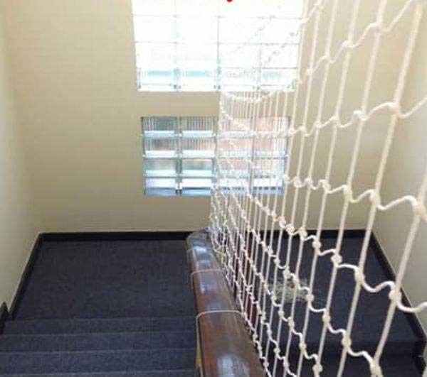 Mua lưới bảo hiểm cầu thang ở đâu chính hãng, giá rẻ