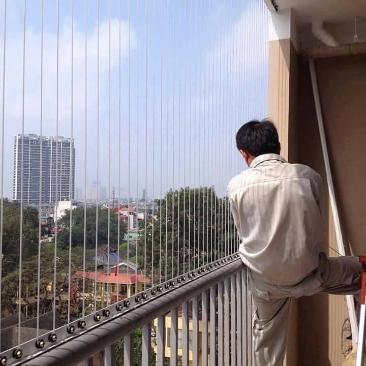 Rào chắn ban công chung cư là gì?