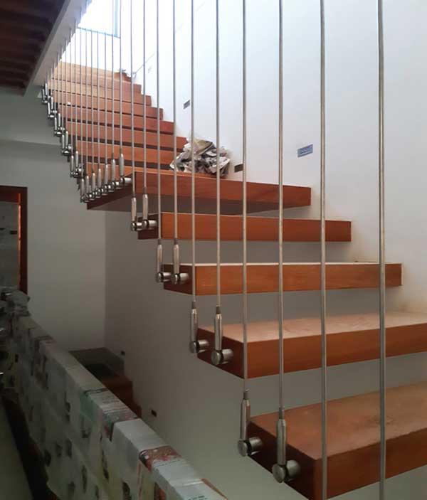 Hòa Phát - Đơn vị thi công cầu thang dây cáp chuyên nghiệp