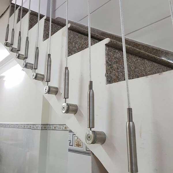 Độ dày của dây cáp ảnh hưởng đến giá tăng đơ cáp cầu thang